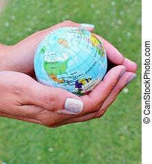 mondo, globo, mani
