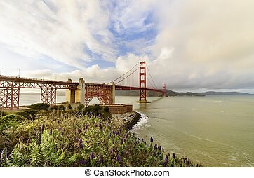 Golden Gate Bridge, San Francisco, California - The famous...