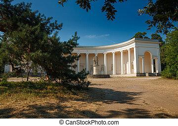 Three graces - LEDNICE-VALTICE, CZECH REPUBLIC - Temple of...