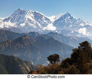 Annapurna Himal from Jaljala pass - Nepalese Himalayas -...