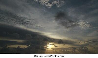 Upper FL Keys TL Clouds