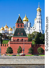 Moscow Kremlin - Famous Moscow Kremlin and Churches, Russia