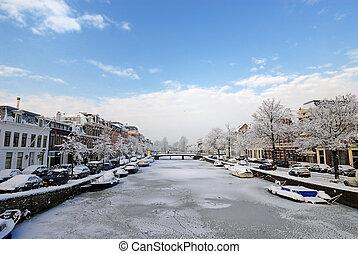 Winter in the Netherlands Haarlem Nieuwe gracht