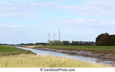 River Nene at low tide in Cambridgeshire - River Nene at low...