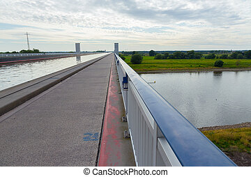 Elbe and canal - Bridge of the Elbe-Havel canal across the...