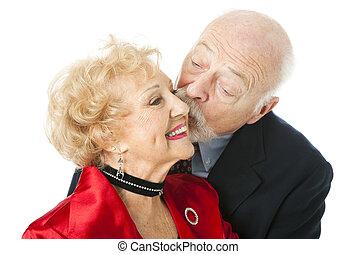 Sênior, par, -, Valentine, beijo