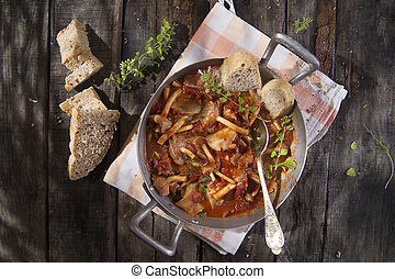 Stewed mushrooms - Presentation of a dish with mushrooms...