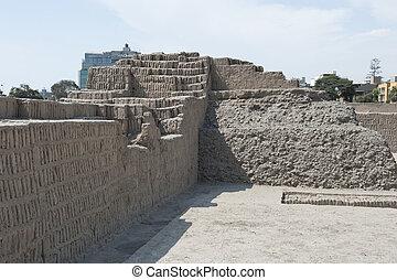 Pyramid of Huaca Pucllana