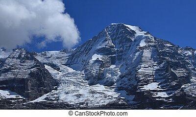 Monch, alto, montagna, in, il, svizzero, alpi,