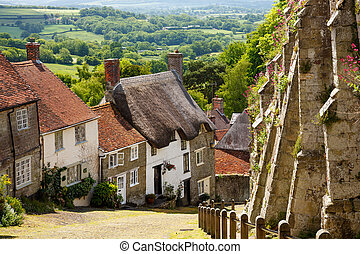 Gold Hill Shaftesbury Dorset - Famous view of Picturesque...