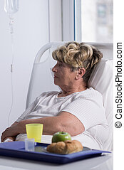 Patient food in hospital - Elderly woman in hospital is not...
