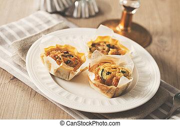 Mini quiche - Delicious mini quiche with vegetables and...