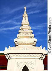 asia  thailand  in  sunny  temple     sky      and  colors religion      mosaic