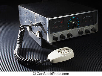Two way radio - Old Citizens Band radio that runs on single...