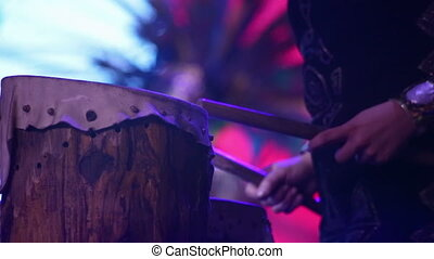 Native Drums - Playing on a native drum
