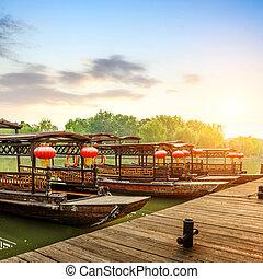 Chinese traditional boat - China Hangzhou, Zhejiang, hung...