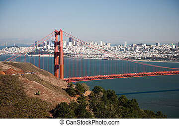 Golden Gate Bridge, San Francisco Bay and Skyline in...