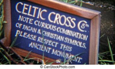 1973: Sacred Druid Celtic cross - 100% unique vintage 8mm...