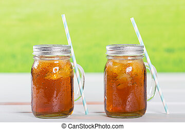 Ice tea - Refreshing iced tea to drink with a straw