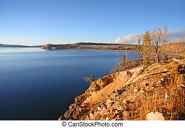 Lake Yellowstone - Yellowstone lake in autumn time
