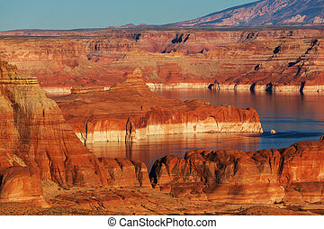 Powell lake - Lake Powell Alstrom point USA