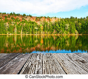 Pond in White Mountain National Forest, New Hampshire, USA.