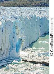 Falling ice, Perito Moreno Glacier, Argentina - Ice falling...