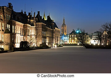 Binnenhof at night - The Historic Ridderzaal at Het...