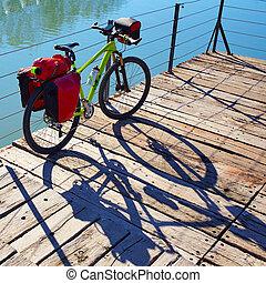 MTB, bicicleta, Viajar, bicicleta, en, Un, parque, con,...