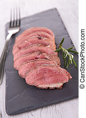 red meat sliced