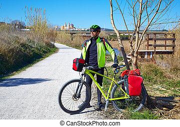 ciclismo, turista, Ciclista, en, Ribarroja, Turia, con,...