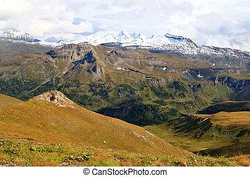 Mountain range during Autumn season