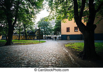 Walkway and trees outside The Church of Saint Clare (Klara...