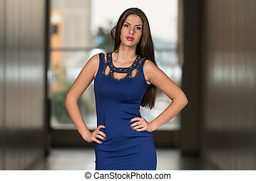 Elegant Lady With Stylish Outfit - Fashion Portrait Of Young...