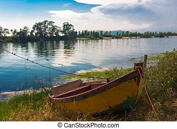 Old boat in Delta del Ebro - Old boat on bank in Delta del...