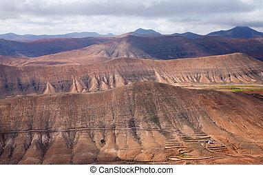 Inland Fuerteventura, view south from Montana de Ecanfraga