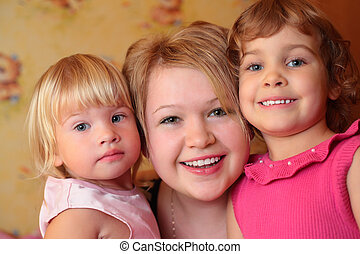 girl with two children