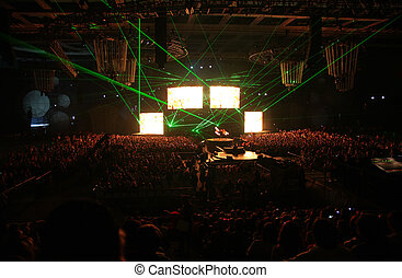 Green rays on night show - Green rays and screens on night...