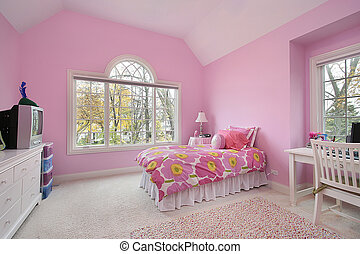 Pink girls room - Girls room with pink walls and bed spread...