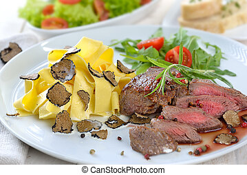 Fillet with truffels and pasta