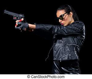 婦女, 槍, 被隔离