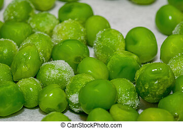 Snap-frozen peas, out of the freezer, during the thawing...