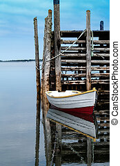 Dinghy and dock in Ingalls Head Grand Manan