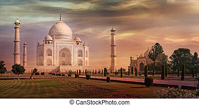 Taj Mahal in Agra, India - Taj Mahal in Agra, Uttar Pradesh,...