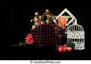 Fashionable handbag composition - Fashionable handbag with...