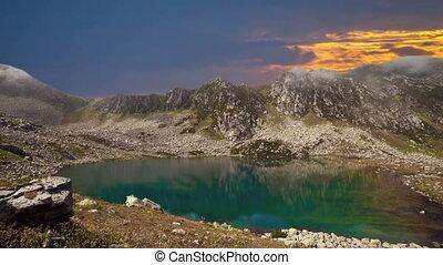 Sunrise timelapse - 4K Sunrise timelapse in the mountains,...