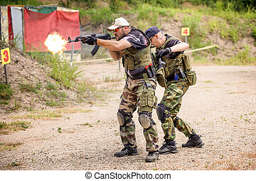 Tactical Training Shooting and Weapons Outdoor Shooting...