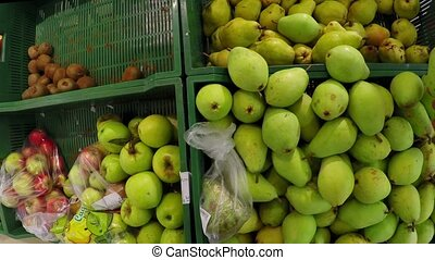 chooses man pear bought apple in the store the first-person...