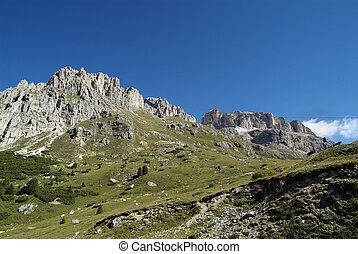 Italy, Trentino, - Italy, ropeway to Sas de Pordoi mountain