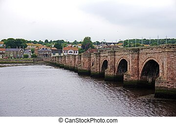 Berwick Bridge, Berwick-upon-Tweed - Old 17th century stone...